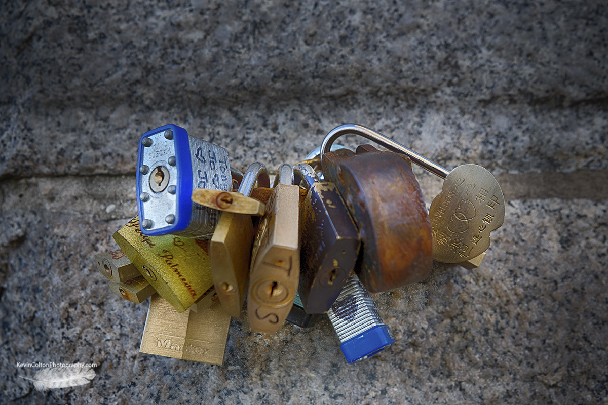 LoveLocks on the Brooklyn Bridge