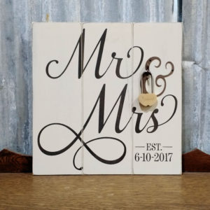 Customized Mr & Mrs Plaque